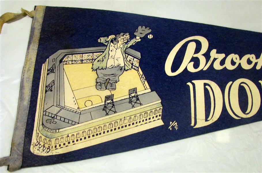 50's BROOKLYN DODGERS PENNANT w/EBBETS FIELD