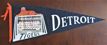 1960 DETROIT TIGERS TEAM PICTURE PENNANT
