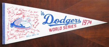 1974 LOS ANGELES DODGERS WORLD SERIES TEAM NAME PENNANT