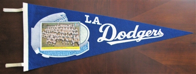 1972 LOS ANGELES DODGERS TEAM PICTURE PENNANT