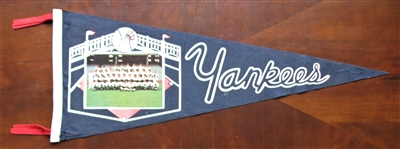 1961 NY YANKEES WORLD CHAMPIONS TEAM PICTURE PENNANT