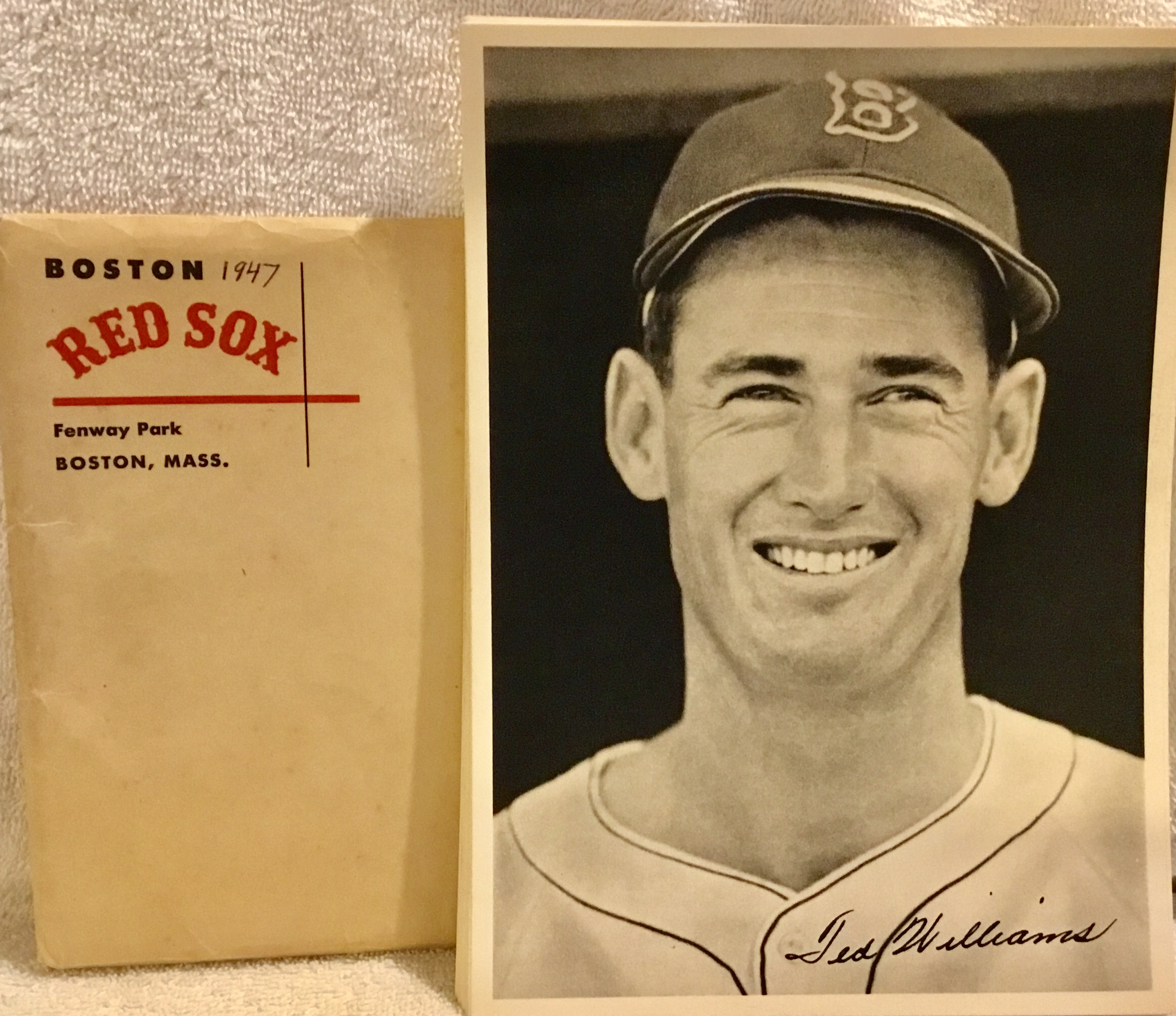 a3eda6e5d Lot Detail - 1947 BOSTON RED SOX PHOTO PACK w/ENVELOPE