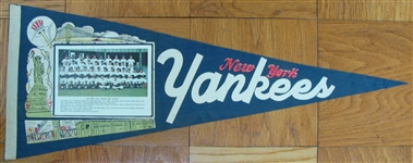 "1962 NEW YORK YANKEES ""PHOTO"" PENNANT"
