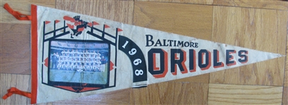"1968 BALTIMORE ORIOLES ""PHOTO"" PENNANT"